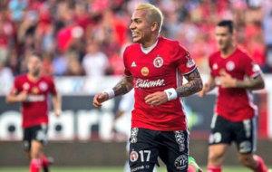 Dayro Moreno festeja su gol ante el Le�n.