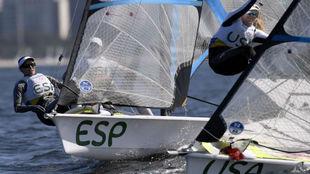 La embarcación de las españolas, durante una de las regatas del...