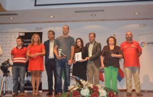 El alcalde de Linares y el presidente de la FEDA entregaron los...