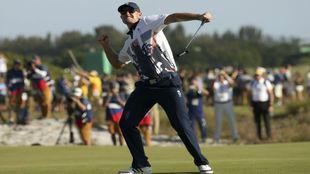 Justin Rose celebra su victoria en Río.