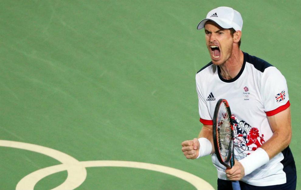 Murray celebra con rabia un punto logrado ante Del Potro.