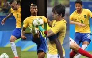 Luan, Walace, Rodrigo Caio y Douglas Santos, en acción con Brasil.
