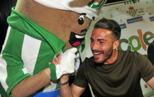Xavi Torres, en un acto oficial del Betis