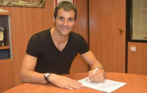 Saja firma su nuevo contrato con el N�stic.