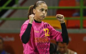 Silvia Navarro celebra una parada ante Francia en los JJOO de R�o