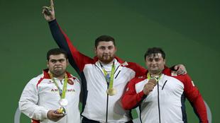 Gor Minasyan de Armenia , Lasha Talakhadze de Georgia , Irakli...