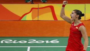 Carolina Marín celebra su pase a la final olímpica.