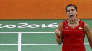 Carolina Marín celebra el pase a la final olímpica.