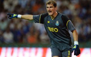 Casillas en el amistoso con el Oporto frente al Villarreal en esta...
