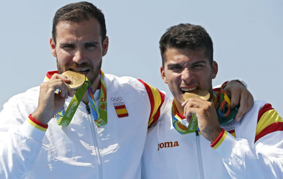 Saul Craviotto y Cristian Toro muerden su oro