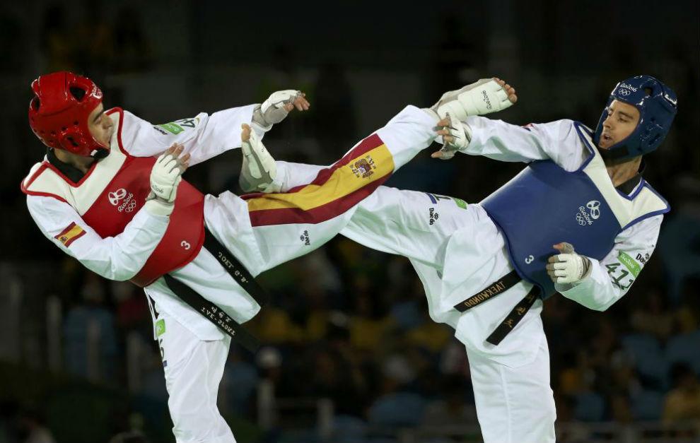 JOel Gonzñalez durante un combate en Río de Janeiro.
