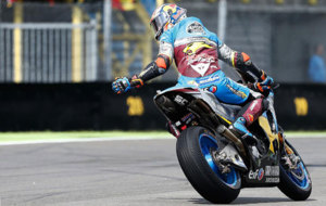 Miller pilota su Honda durante unos entrenamientos libres de esta...