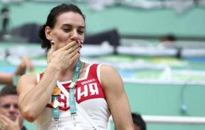 Yelena Isinbayeva en la grada del estadio ol�mpico de R�o de...