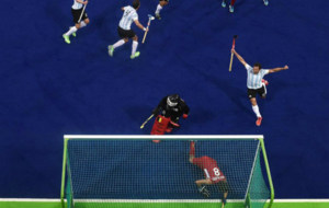 Gonzalo  Peillat celebra su gol