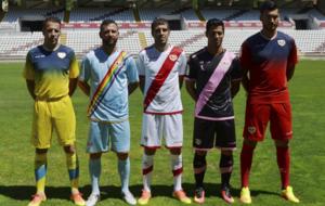 Presentaci�n de las equipaciones del Rayo para la 2016-17.