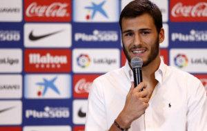 Moreira, en su presentaci�n con el Atl�tico de Madrid