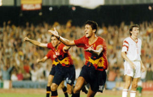 Kiko celebra el gol que le dio el oro a Espa�a contra Polonia.