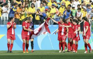Jugadoras festejando su medalla de bronce