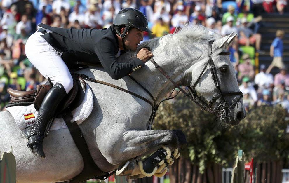Sergio Álvarez, a lomos de su caballo 'Carlo 273'.