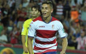 Ponce celebra su primer gol con el Granada.