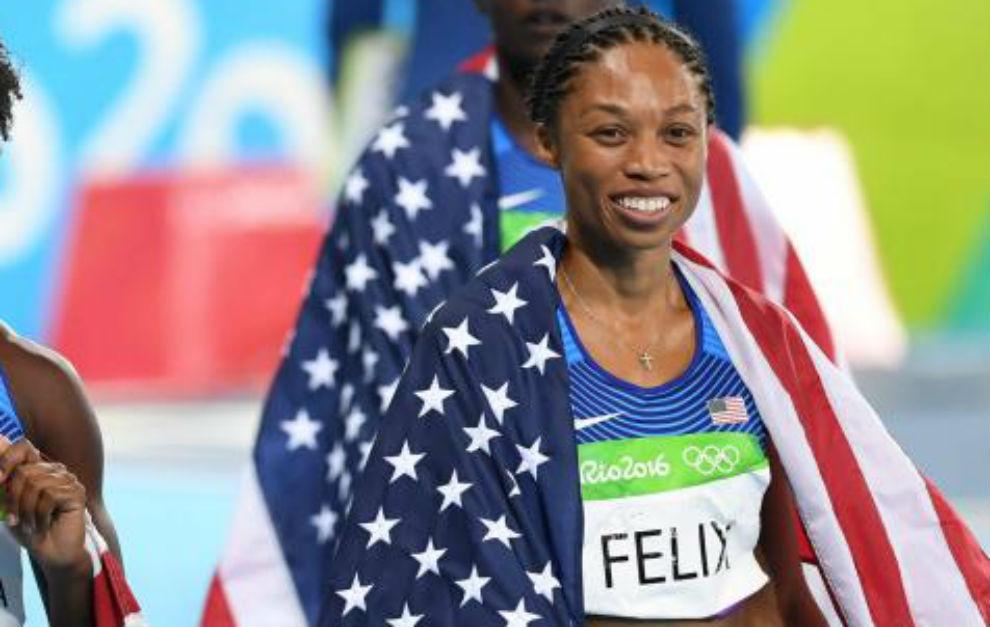 Allyson Felix, tras ganar el 4x100.