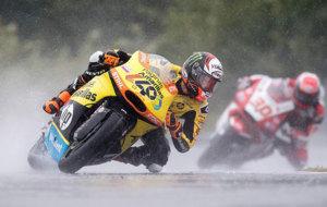 �lex Rins pilota su Kalex durante el GP de la Rep�blica Checa de...