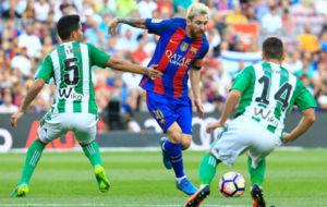 Petros y Durmisi, ante Messi