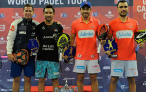 Paguito Navarro y Sanyo Guti�rrez junto a Pablo Lima y Fernando...