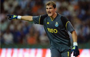 Casillas, con el Oporto en Champions.