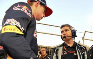 Verstappen charla con Pujolar cuando trabajaban juntos en Toro Rosso