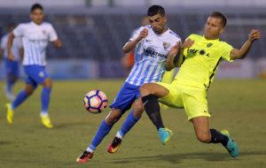 Santos en el partido entre el M�laga y el Almer�a