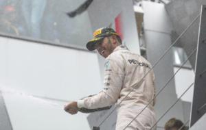 Hamilton celebra la victoria en el pasado Gran Premio de Alemania
