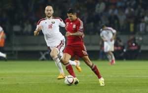 Vitolo, defendiendo la camiseta de Espa�a ante Bielorrusia.