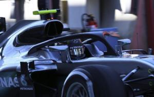 Nico Rosberg con el Halo en el Mercedes