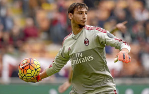 Donnarumma during a Seria A match last season.