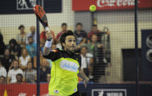 Fernando Belastegu�n en la semifinal del Open de La Nuc�a