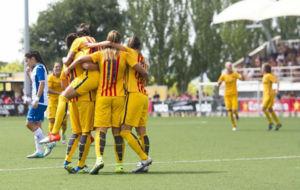 Las jugadoras del Barcelona celebran un gol en la Copa Catalunya.