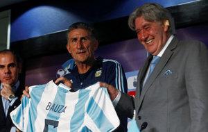Edgardo Bauza, el d�a de su presentaci�n como seleccionador.