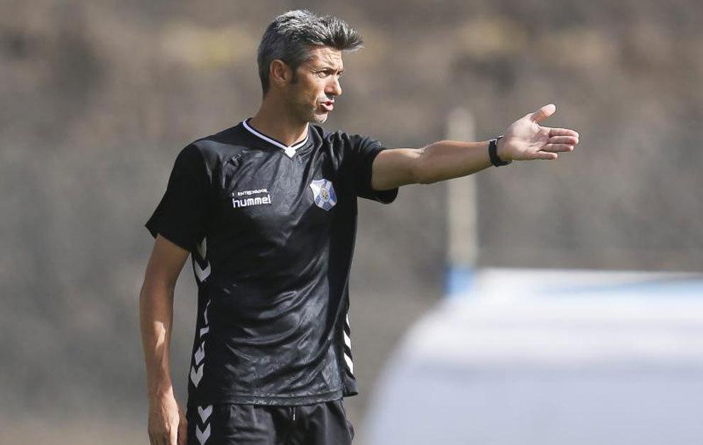 Martí, durante un entrenamiento con el Tenerife