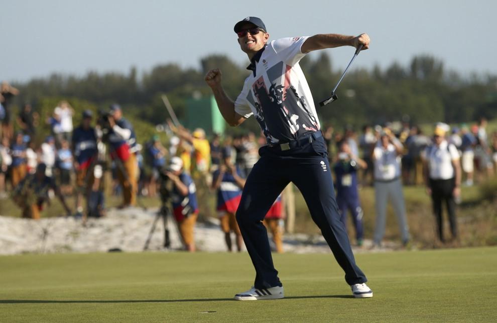 Justin Rose celebra su victoria en los Juegos Olímpicos de Río.