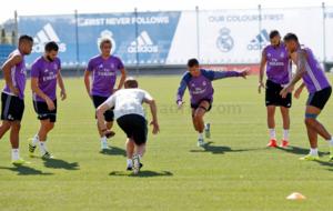 Los jugadores del Madrid se entrenan en Valdebebas