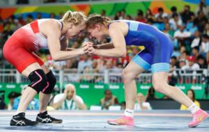 Inna Trazhukova en su combate por el bronce en Río