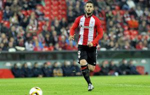 Kike Sola durante un partido con el Athletic