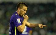 Ignacio Camacho celebra un gol con el M�laga