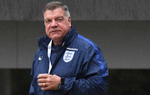 Allardyce en un entrenamiento con Inglaterra