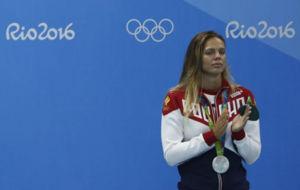 La rusa Efimova, con la plata ol�mpica que gan� en 100 braza.