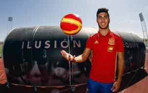 Marco Asensio, posando para MARCA en la Ciudad del F�tbol de Las...