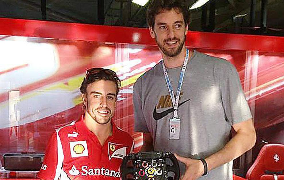 Alonso y Gasol, durante el Gran Premio de Italia de 2012.