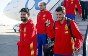 Costa y Morata, en un viaje con la selecci�n