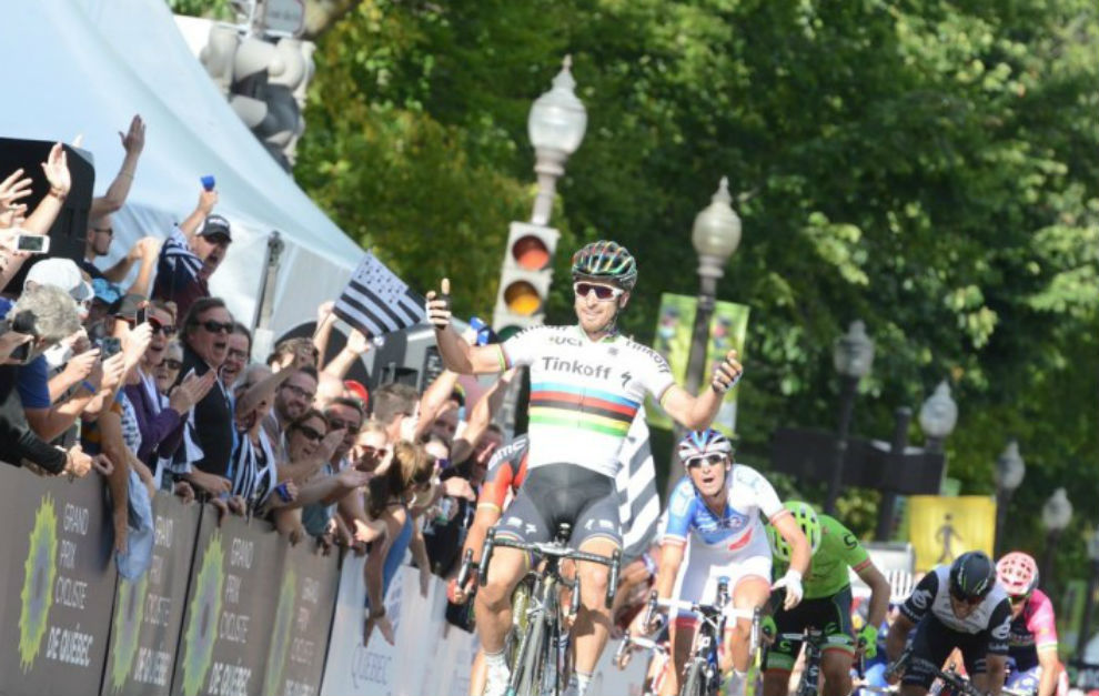 Sagan, cruzando la línea de meta.